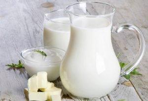 Iogurte e leite